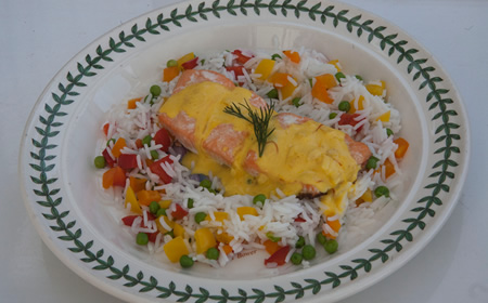 Salmon Fillet with Saffron and Lemon Sauce